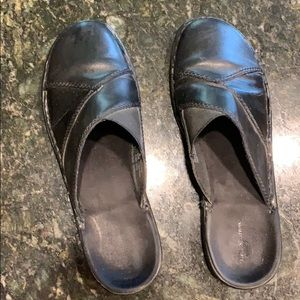 Croft & barrow mule leather slide